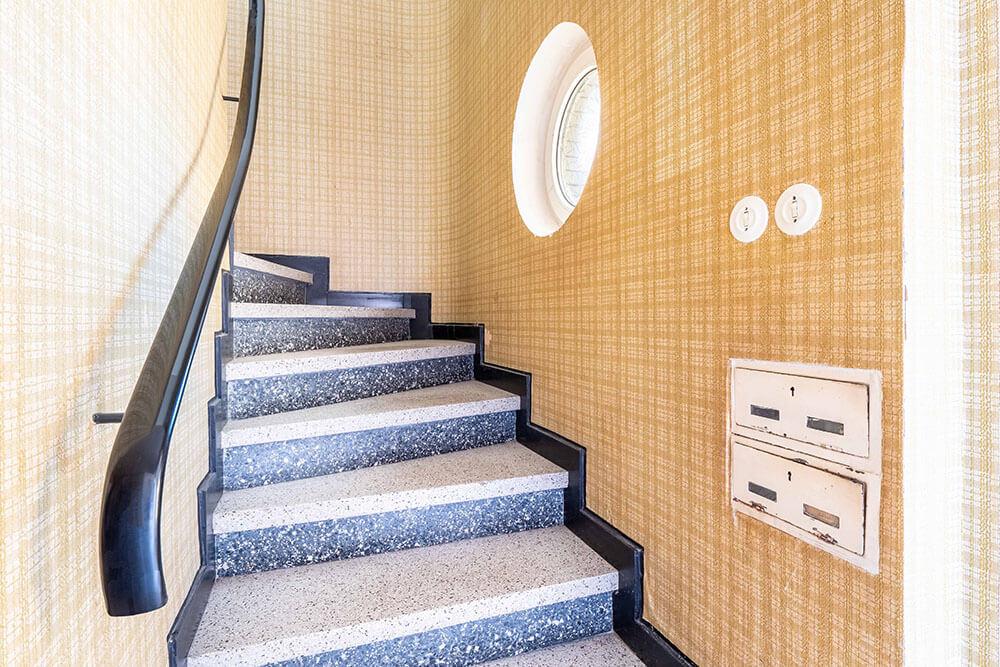 Blick ins Treppenhaus in der Hedwigstraße