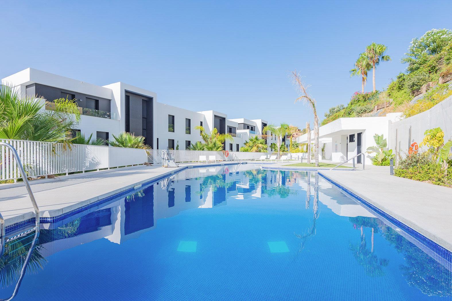 Genießen am Pool in Marbella